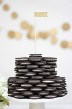 Cute idea! Try a cookie cake display at the next party.
