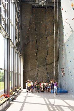 Sports And Show Hall Na Skarpie / Maćków Pracownia Projektowa
