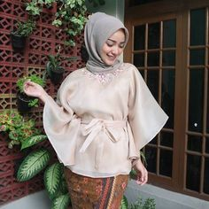 I'm wearing top from thankyou 💕 Kebaya Hijab, Kebaya Dress, Kebaya Muslim, Muslim Dress, Hijab Dress, Blouse Dress, Modesty Fashion, Muslim Fashion, Hijab Fashion