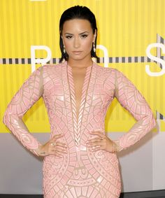 Demi Lovato Nude Photo Shoot Vanity Fair   Demi Lovato made a powerful statement posing nude for Vanity Fair. #refinery29 http://www.refinery29.com/2015/10/95104/demi-lovato-nude-vanity-fair-photos