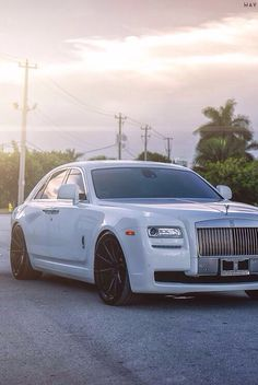 Rolls Royce New Hip Hop Beats Uploaded EVERY SINGLE DAY http://www.newcarreviewsusa.com/complete-review-of-2014-rolls-royce-ghost/