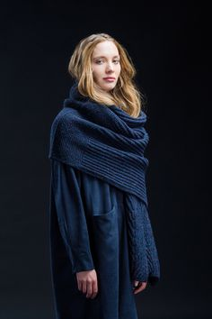 Ravelry: Douro pattern by Norah Gaughan Brooklyn Tweed, Knitting Stitches, Hand Knitting, Knitting Patterns, Knitting Ideas, Shawl Patterns, I Cord, Wrap Pattern, Bind Off