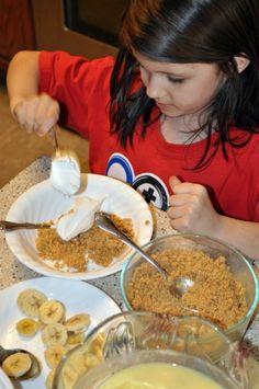 Kids make your own Banana Cream Pie recipe w/ #coolwhip via www.laughwithusblog.com