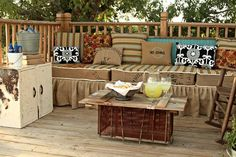 bench from pallets - outdoor loves http://pnnd.co/pin1-1104