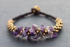 Amethyst Bunch Bracelet von XtraVirgin auf Etsy, $8,00