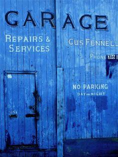 Painting ideas for exterior garage door.