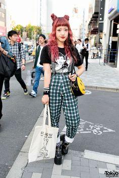 Harajuku, Tokyo: A Guide to Understanding Japanese Fashion Korean Street Fashion, Japan Street Fashion, Asian Street Style, Tokyo Street Style, Street Styles, London Street, Tokyo Style, Tokyo Fashion, Harajuku Fashion