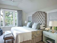 Awesome 100 Stunning Farmhouse Master Bedroom Decor Ideas https://livingmarch.com/100-stunning-farmhouse-master-bedroom-decor-ideas/