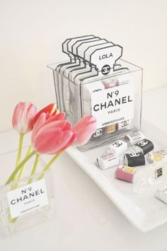 chanel party favor 2