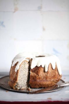 apple poppy seed bundt cake with sour cream icing