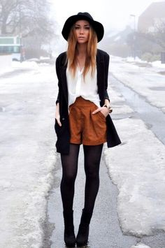 Hat, suede shorts, boho winter