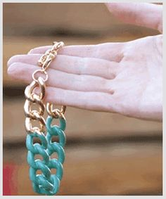 How To: Color Chain Link Jewelry with PlastiDip!
