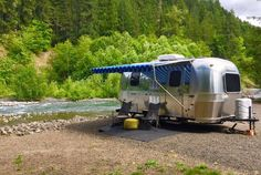 Airstream Living, Airstream Trailers, Camper Caravan, Campers, Tent Camping, Glamping, Air Stream, Fun Travel, Vintage Trailers