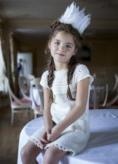 Swan Princess dress in Sisu Pattern free as a refund if yarn for garment purchased at same time. Lace Knitting, Knit Crochet, Knitted Baby, Knit World, Bolero Pattern, Girls Dresses, Flower Girl Dresses, Inspiration For Kids, Baby Kind