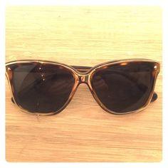 Rebecca Minkoff Perry Sunglasses - Gold Tortoise Perfect condition Rebecca Minkoff Accessories Sunglasses