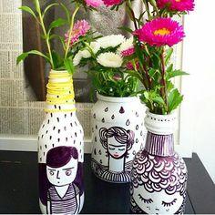 """1,328 curtidas, 47 comentários - Blog De Decoração (@eutambemdecoro) no Instagram: """"Que tal personalizar as garrafas para colocar flores? www.eutambemdecoro.com.br Por: eriquinhapalm…"""""""