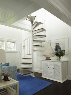 I DON'T USUALLY LIKE THIS TYPE OF STAIRCASE BUT THIS IS WELL ... NICE!  House of…