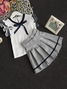 Shop Girls Contrast Lace Ribbon Detail Top With Skirt online. SHEIN offers Girls Contrast Lace Ribbon Detail Top With Skirt & more to fit your fashionable needs. Kids Frocks, Frocks For Girls, Little Girl Outfits, Little Girl Dresses, Kids Outfits, Baby Girl Fashion, Kids Fashion, Latest Fashion, Baby Dress Design
