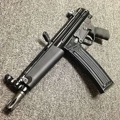 Vector V53 .223 Pistol Submachine Gun, Pistols, Rifles, Warfare, Swords, Zombies, Firearms, Hand Guns, Knives