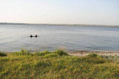 В акватории Южного Буга нашли тело утонувшего 6-летнего мальчика  http://novosti-mk.org/events/6467-v-akvatorii-yuzhnogo-buga-nashli-telo-utonuvshego-6-letnego-malchika.html  Около семи утра в воскресенье, 2 июля, в реке Южный Буг в микрорайоне Варваровка николаевскими водолазами было найдено тело пропавшего шестилетнего мальчика, которого разыскивали.  #Николаев #Nikolaev {{AutoHashTags}}