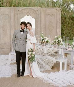 It Was All About Luxurious Neutrals for this Moroccan-Inspired Editorial in Greece Wedding Styles, Wedding Themes, Wedding Ideas, Moroccan Wedding Blanket, Spring Wedding Inspiration, Motif Floral, Floral Design, Green Wedding Shoes, Wedding Locations