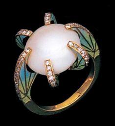 Art Nouveau pearl, enamel and diamond ring. ~ETS #artnouveau