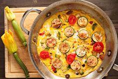 Un plat minceur qui apporte des protéines et des fibres (donc de la satiété mais peu de calories)  : omelette tomates et courgettes
