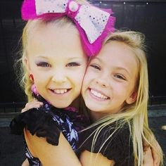 Jojo siwa and jordyn jones