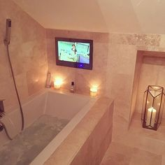 Bake off and Bath Time with my 19 inch bathroom television  #gbbo #bakeoff #bath #waterfalltap #bathroomtv #candles   #homedecor