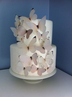 Wedding CAKE TOPPER - Edible Butterflies in Ivory, Off White, Beige - Butterfly Cake, Cake Decorations - Natural, Nature Wedding #weddingcakes