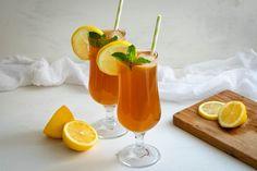 Receta fácil y rápida para preparar té helado al limón - Receta en vídeo en el canal de Youtube Iced Tea, Hurricane Glass, Tableware, Youtube, Juicing, Mint, Dinnerware, Tablewares, Ice T