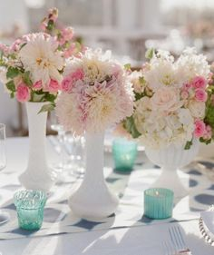 August | The most readily available flowers on your wedding date.