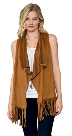 Fringe Vest Joni Vest available in black or cognac Silver Outfits, Cool Outfits, Fashion Outfits, Women's Fashion, Fringe Vest, Online Collections, Casual Chic Style, Vintage Boutique, Fashion Company