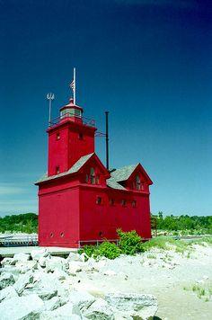 Big Red - Holland, Michigan photo by Rick Lanting
