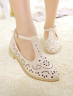 Vintage Style Perforated Detail Flat Sandals for Women, Shop online for $18.40 Cheap Sandals code 705994 - Eastclothes.com