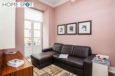T3 mobilado e equipado na Rua da Madalena - Home Spot Couch, Furniture, Home Decor, Floors, Banks, Settee, Decoration Home, Room Decor, Sofas