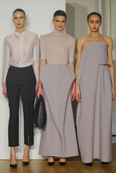 Wow that skirt in the middle ! ann sofie back