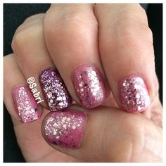 #manicure of the week: #girlygirl #barbie with #bling! Featuring #sinfulcolors #jamout, #flashdance and #sckandee #spoonfulofsugar. #Love! #nailart #Nails #Uñas #Unghie #Ongles #Unhas #Nailpolish #Esmalte #Smalto #Émail. #Beauty #Belleza #Bellezza #Beauté #Beleza #Cosmetics #Cosméticos #Cosmetici #fabat40.
