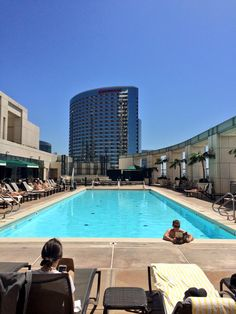 """Amanda @roxydigital  : """"Today's lunch break has been brought to us by the Manchester Grand Hayatt pool at #smmw15 :) #SanDiego"""" Posted on Twitter 03/26/2015"""