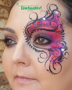 A design inspired by delicate Venetian masks Adult Face Painting, Painting For Kids, Professional Face Paint, Mask Makeup, Face Painting Designs, Venetian Masks, Hula Hoop, Halloween Face Makeup, Delicate