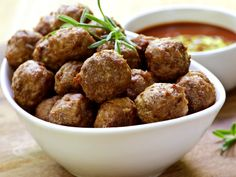 Find all the best Spicy Chorizo Meatballs recipes on Food Network. We've got more spicy chorizo meatballs dishes, recipes and ideas than you can dream of! Crock Pot Recipes, Slow Cooker Recipes, Cooking Recipes, Pork Recipes, Diabetic Recipes, Healthy Recipes, Healthy Cooking, Slow Cooker Appetizers, Pork Meatballs