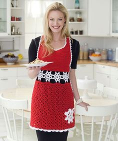 Snowflake Hostess Apron Free Crochet Pattern #RedHeart #Shimmer #Christmas…