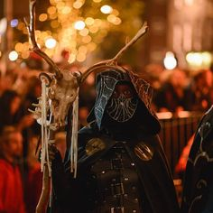 """""""Call of the Winter Moon at Samhuinn 2015. Copyright Raini Scott for Beltane Fire Society.  www.beltane.org twitter.com/beltanefs…"""""""