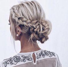 Wedding Updos For Short Hair Hair More Info .- Hochzeit Hochsteckfrisuren für kurze Haare Hair Weitere Informationen: www.wedd… Wedding Updos for Short Hair Hair More Information: www.weddingforwar … … – Updos Short Hair – # for - Short Hair Updo, Braided Hairstyles Updo, Curly Hair Styles, Hair Styles For Prom, Bridesmaid Updo Hairstyles, Prom Hair Bun, Braided Prom Hair, Prom Updo Hairstyles, Easy Prom Hair