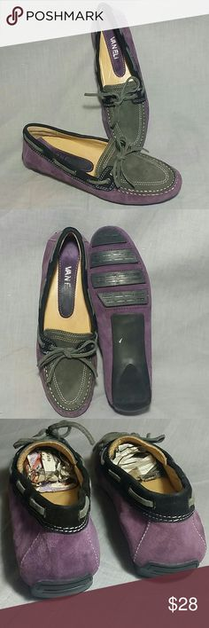Women's VANELI Flats Loafer Shoes 6 M leather Slip-on Purple / gray / back item is in a good condition ( please check my bundle discount thanks for visiting ). Vaneli Shoes Flats & Loafers