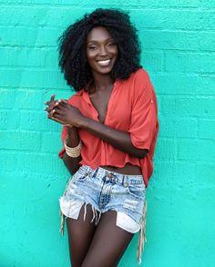 khadijashari and her lovely Afro curls