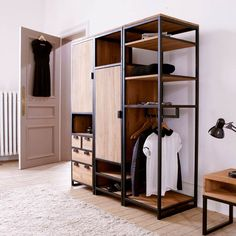 Resultado de imagen para wood and steel wardrobe ideas Steel Furniture, Industrial Furniture, Furniture Plans, Industrial Style, Diy Furniture, Furniture Design, Industrial Dresser, Industrial Closet, System Furniture