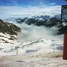 #mountain #ski #cauterets #clouds #fog #sun #snow by eva_bnl