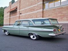 im a mom, so of course i need a station wagon. Chevrolet : Impala Parkwood