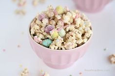 Cookie butter popcorn I Heart Nap Time | I Heart Nap Time - How to Crafts, Tutorials, DIY, Homemaker